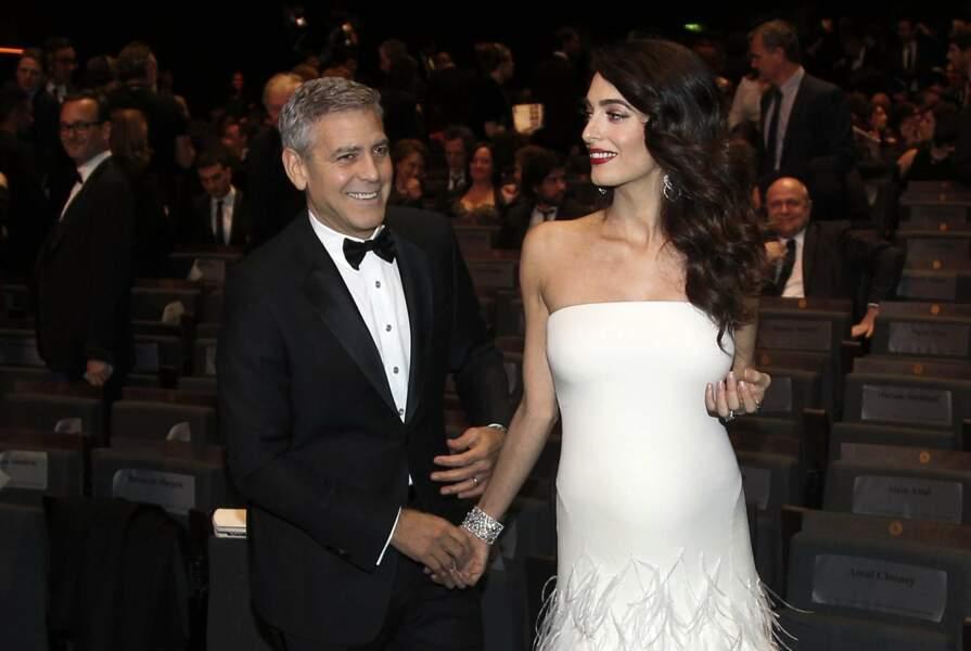 Parmi les bébés les plus attendus : celui de George Clooney et Amal. MàJ : elle a accouché de jumeaux le 6 juin