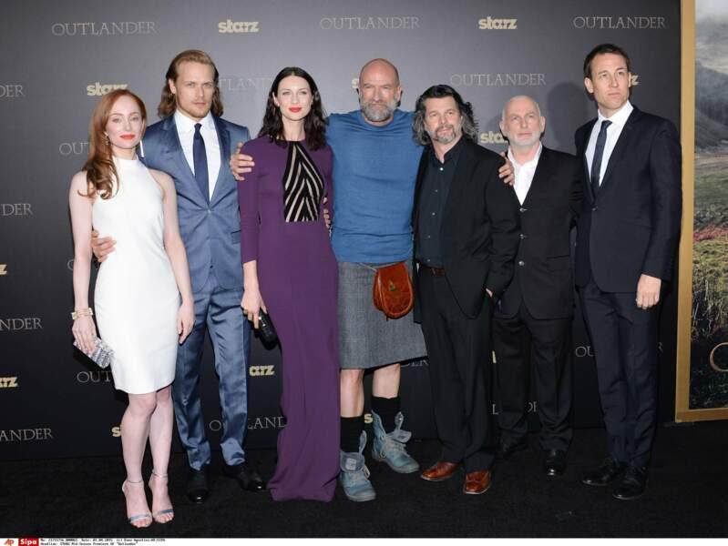 Et voici les acteurs principaux de la série Outlander en vrai !