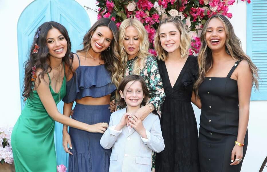 Victoria Justice, Madison Grace, Rachel Zoe, Kiernan Shipka, Alisha Boe et Skyler Morrison Berman