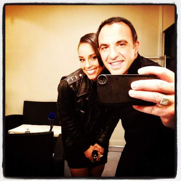 Nikos Aliagas immortalise sa rencontre avec Alicia Keys