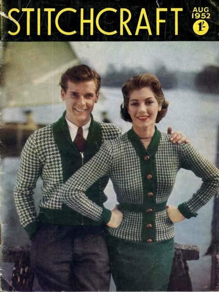 Froid, eux ? Jamais ! Ce jeune couple à la pointe de la mode affronte l'hiver tout sourire