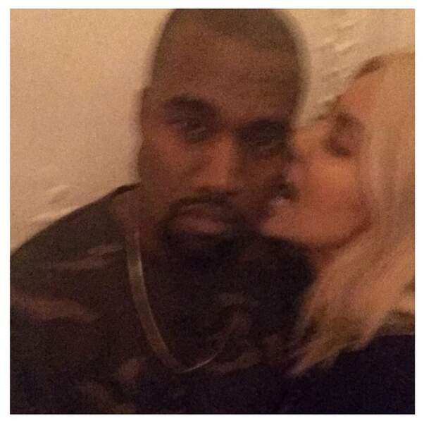 On continue avec Kim Kardashian, qui a posté beaucoup de photos floues cette semaine
