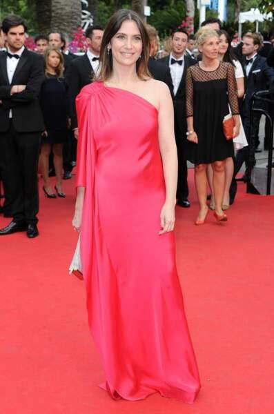 Geraldine Pailhas en robe rouge.
