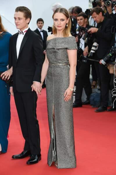 Sara Forestier lors de la première montée des marches du Festival de Cannes 2015