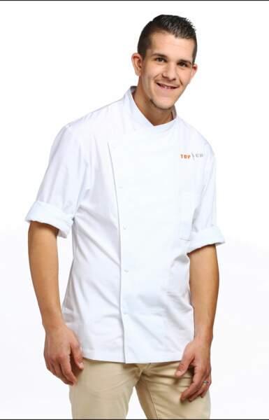 Voici Kevin Roquet, 23 ans, second de cuisine dans un établissement belge