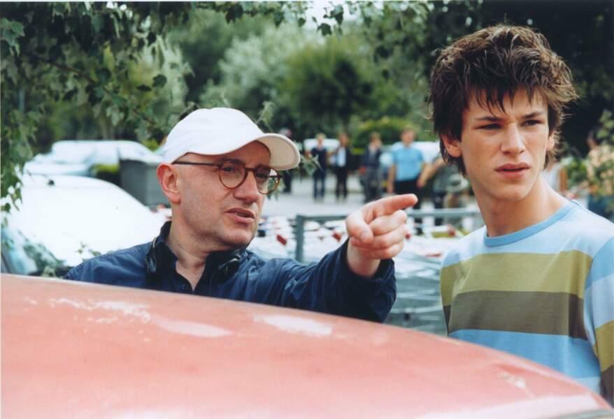 À l'écoute des conseils des pros dans Embrassez qui vous voudrez (2002)