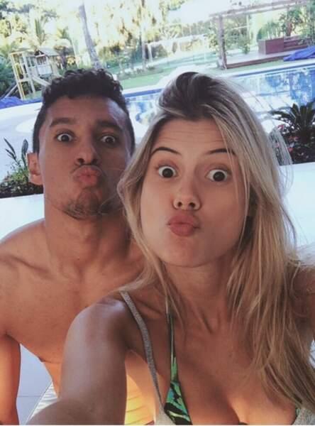 Marquinhos et Carol Cabrino vous embrassent