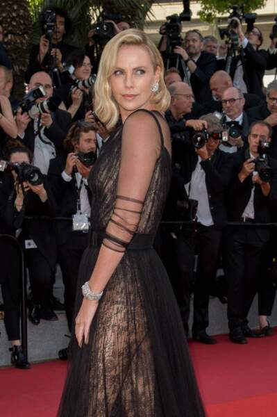 ... tout comme Charlize Theron : juste sublime !