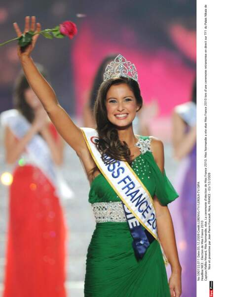 Miss France 2010 : Malika Ménard (Miss Normandie)