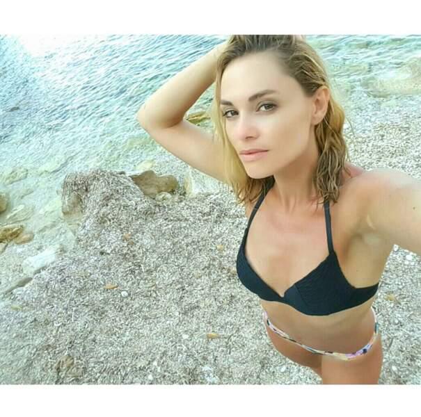 ... bikini désuni pour Joy Esther en Sicile...