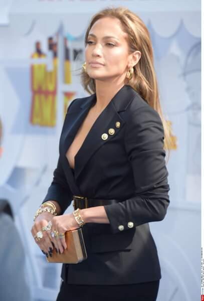 On a une idée : et si J-Lo jouait la mama dans le prochain film de mafieux de Scorsese ? Hein ?