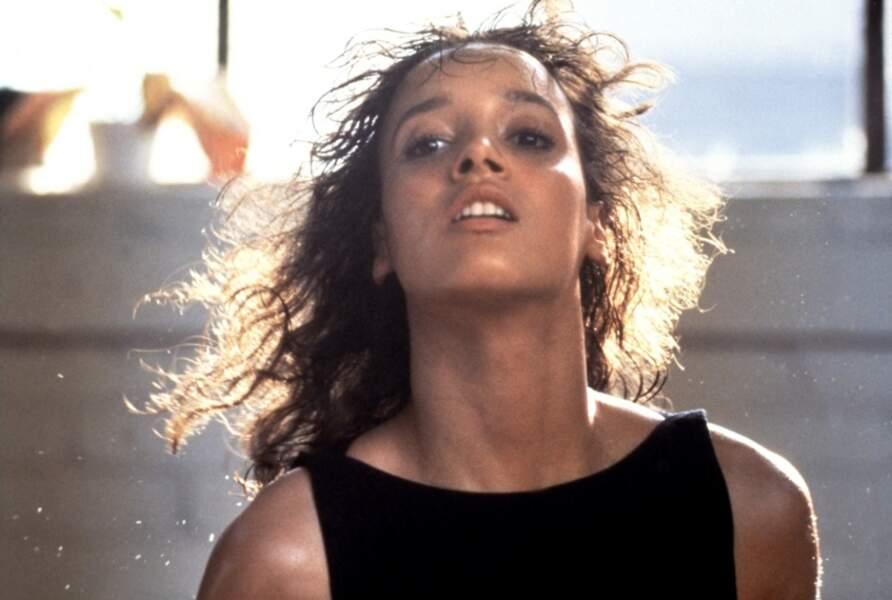 Si Jennifer Beals, l'héroïne du film, était doublée pour la danse, elle en a tout de même fait fantasmer plus d'un!