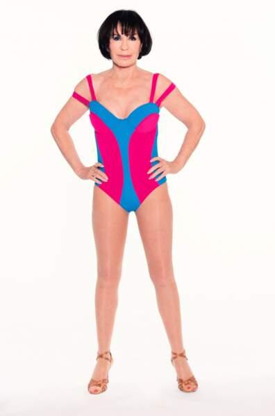 Danièle Evenou en maillot de bain