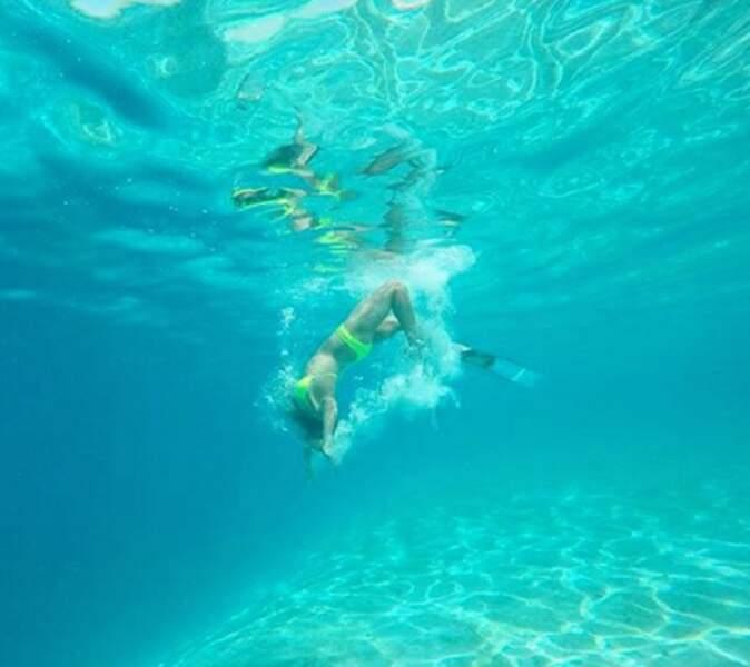 Mais pendant ce temps-là, Marine Lorphelin fait de la plongée.