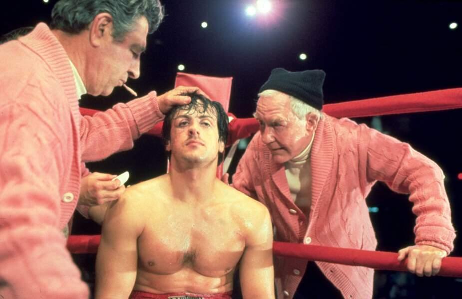 Rocky (1976) : Il n'a pas remarqué le sosie du Commandant Cousteau à sa gauche