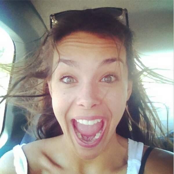 Selfie toujours pour Marine Lorphelin, en route pour la plage (chanceuse !)