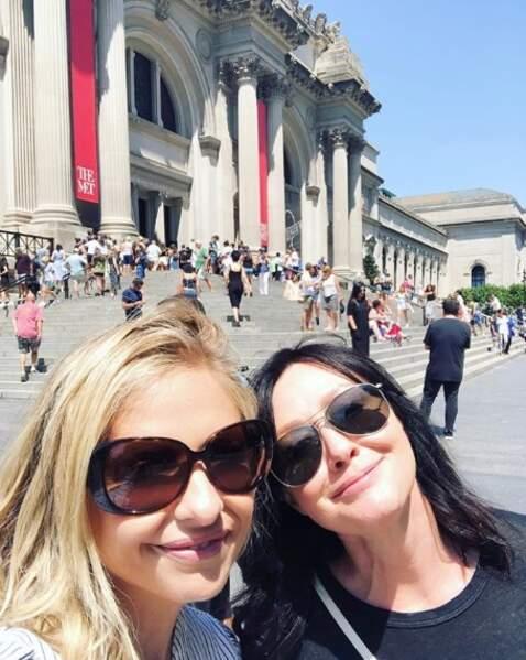 A New York, c'était l'heure des retrouvailles pour les meilleures amies Sarah Michelle Gellar et Shannen Doherty.