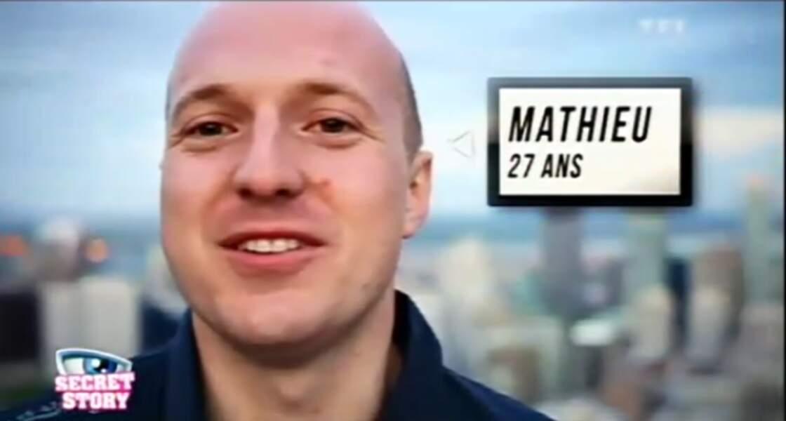 """Mathieu (Saison 6). Son secret : """"J'ai survécu à un crash aérien"""""""