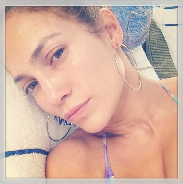 Jennifer Lopez au naturel : ce n'est pas tous les jours que la bomba latina s'affiche sans make-up