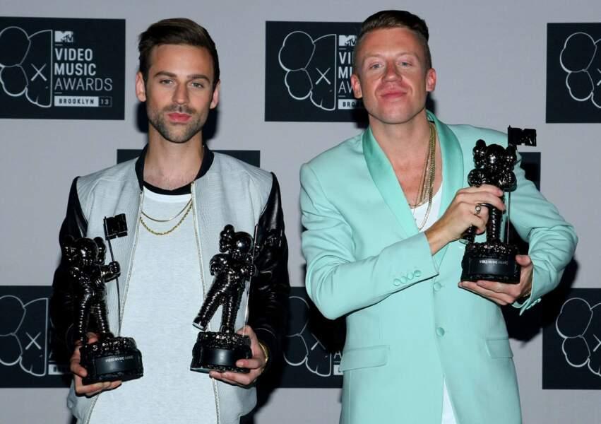 La tandem hip-hop alternatif Ryan Lewis and Macklemore repart lui aussi avec trois statuettes