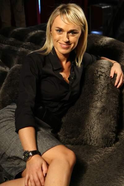 64. Cécile de Ménibus (@cecile2menibus) - Chroniqueuse, actrice, animatrice télé et radio (229 372 followers)