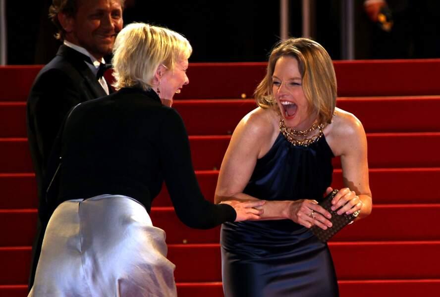 """2011 : Jodie Foster prise d'un fou rire lors de la montée des marches """"Melancholia""""... surement moins hilarant !"""