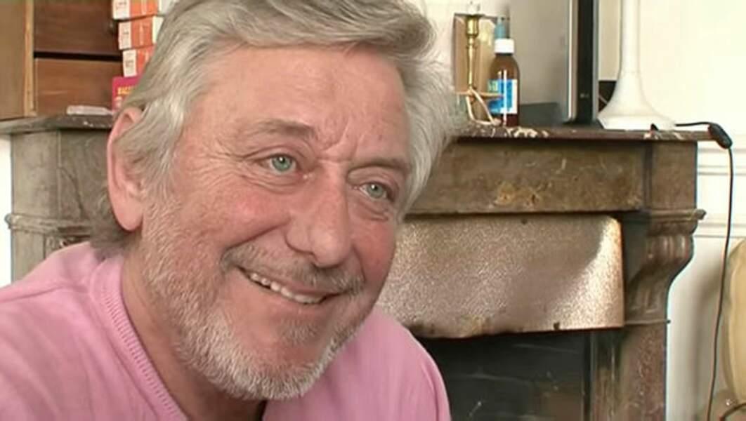 C'est Patrick Poivey qui assure son doublage depuis plus de 30 ans