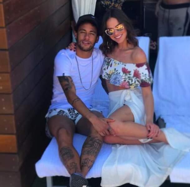 Neymar et sa compagne Bruna Marquezine, une actrice brésilienne