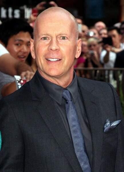 """Bruce Willis : Avec les """"Expendables"""", LA star des films d'action des années 80 et 90 a retrouvé le succès."""