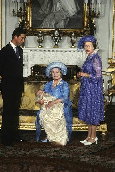 Quatre générations de souverains britanniques en août 1982