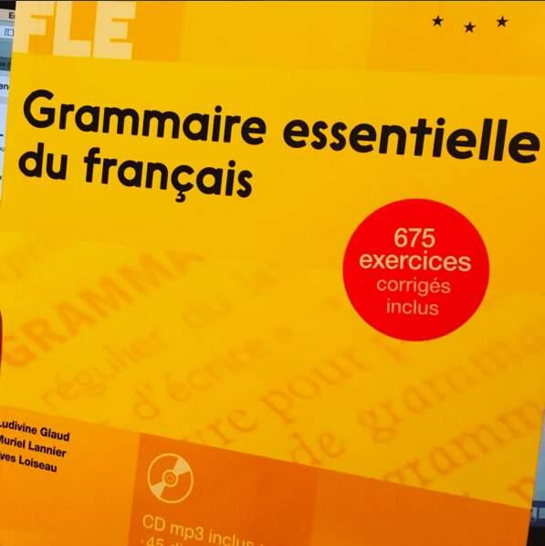 ... Et se met activement à l'étude de la langue française (bon courage)