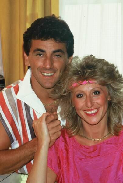 Dans les années 80, Peter et Sloane est un duo fringant qui semblent sortir d'un match de tennis.