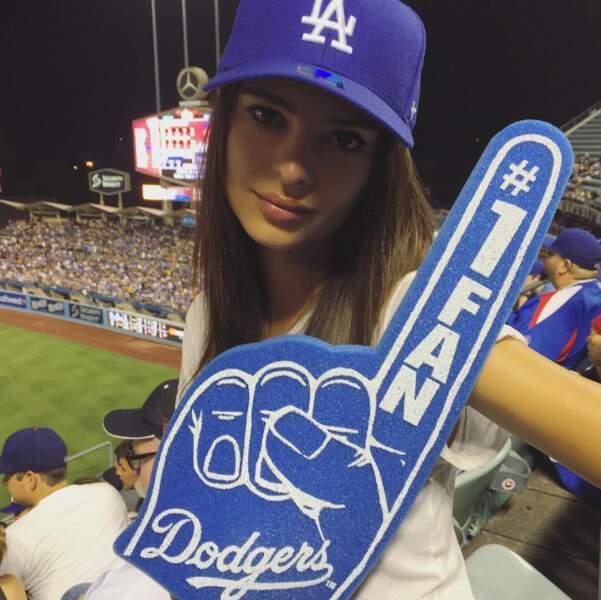 Ce qui ne l'empêche d'ailleurs pas non plus d'être une supportrice enragée des Dodgers de Los Angeles !