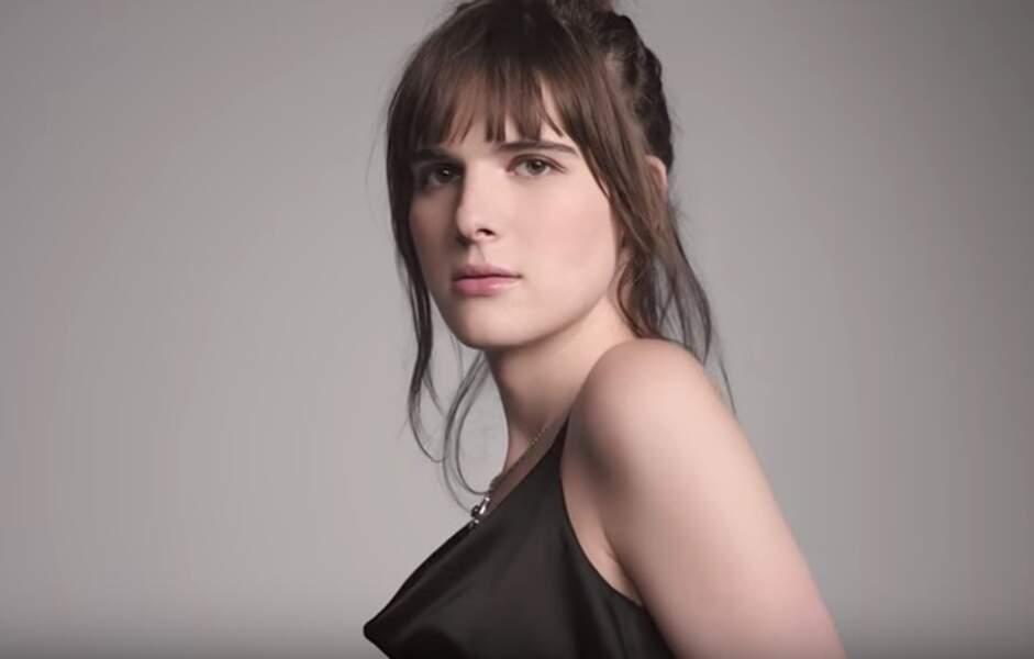 En janvier, elle est devenue la première égérie transgenre de la marque L'Oréal Paris aux Etats-Unis.