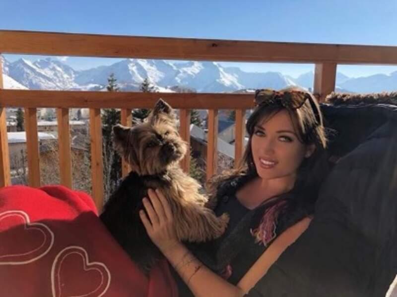 Pause détente pour Elsa Esnoult et Eden à la montagne.
