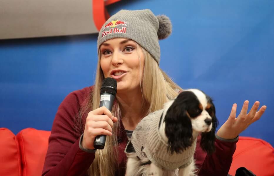 La skieuse Lindsay Vonn aime tellement ses chiens qu'ils ont droit à leur propre compte Instagram
