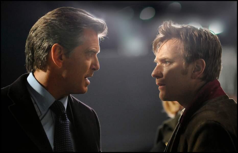 Ewan McGregor face à Pierce Brosnan dans The Ghost Writer (2010)