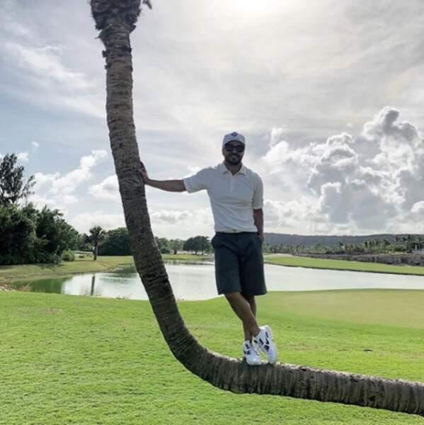 Quand Luis Fonzi ne chante pas Despacito, il prend son pied au golf