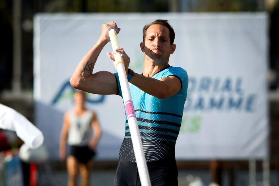 Renaud Lavillenie s'est paré des anneaux olympiques sur son avant-bras
