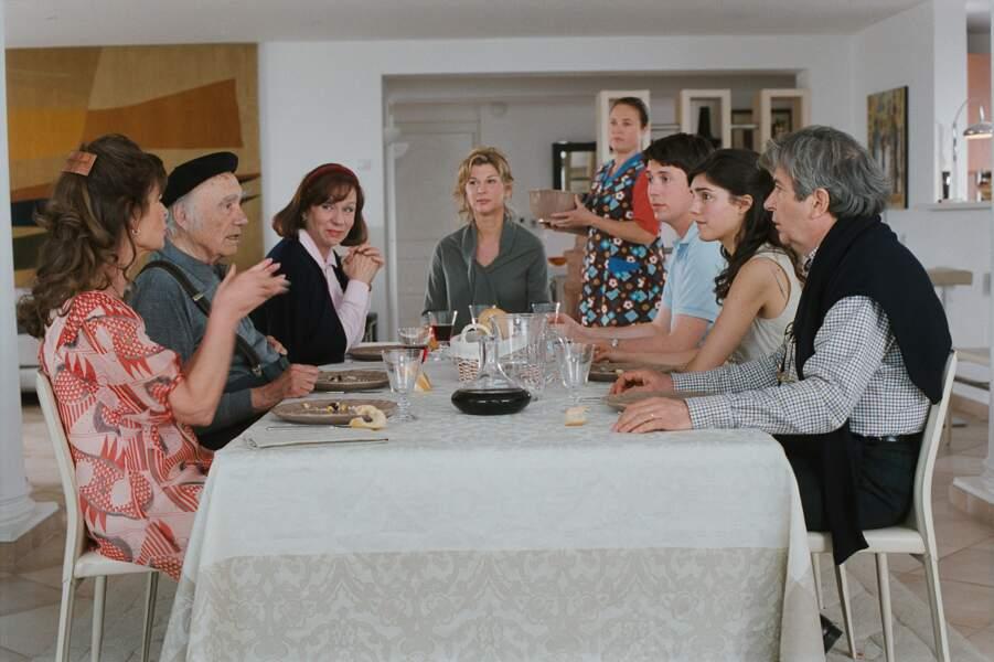 Dans la peau d'une veuve que sa famille ne veut pas lâcher dans Enfin veuve (2008)