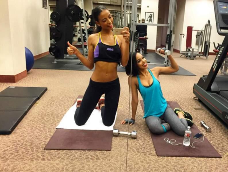 Séance de détente à la gym avec la représentante japonaise