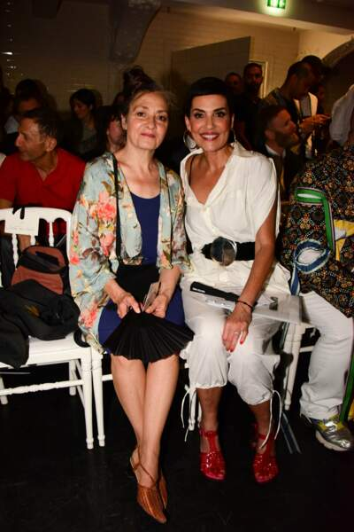 Cristina Cordula, de retour de Capri, avec la chanteuse Catherine Ringer