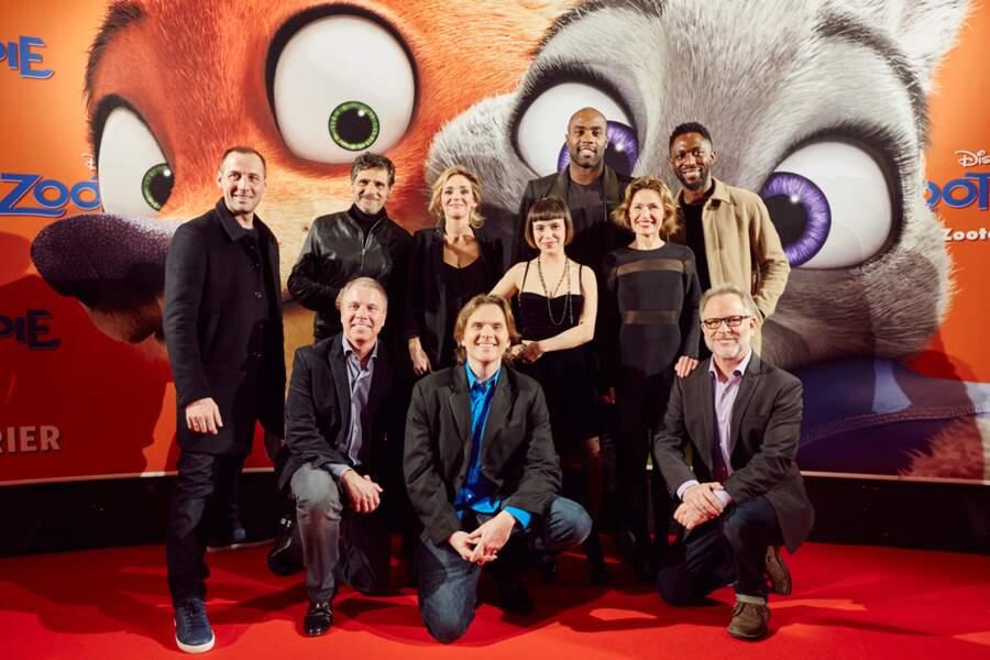 Photo de groupe avec toutes les voix françaises du film
