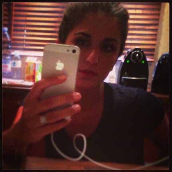 Géraldine aime bien faire des selfies aussi