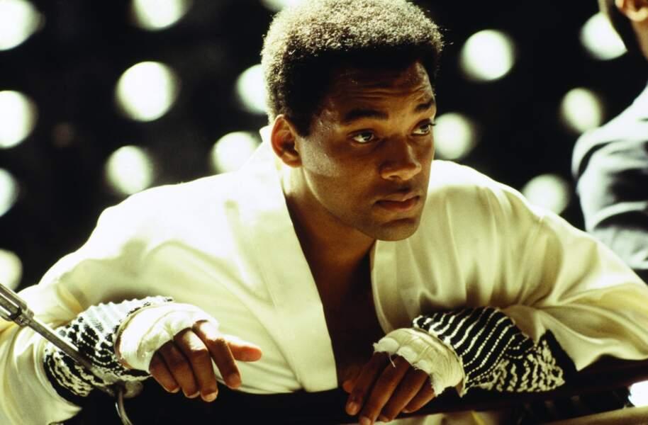 La même année, il incarne sur grand écran le champion de boxe Mohammed Ali