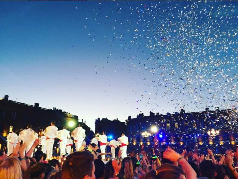 Télé-Loisirs était à Toulouse pour la Fête de la Musique. Vous avez regardé ? On vous fait vivre les coulisses !