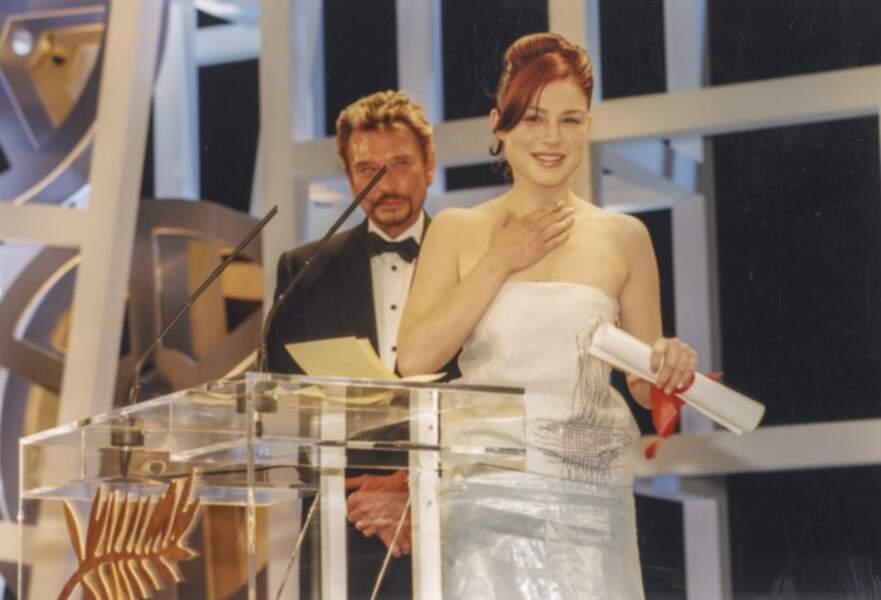 """1999 : Primée pour son rôle dans """"Rosetta"""", Emilie Dequenne, alors méconnue, a du mal à retenir ses larmes"""