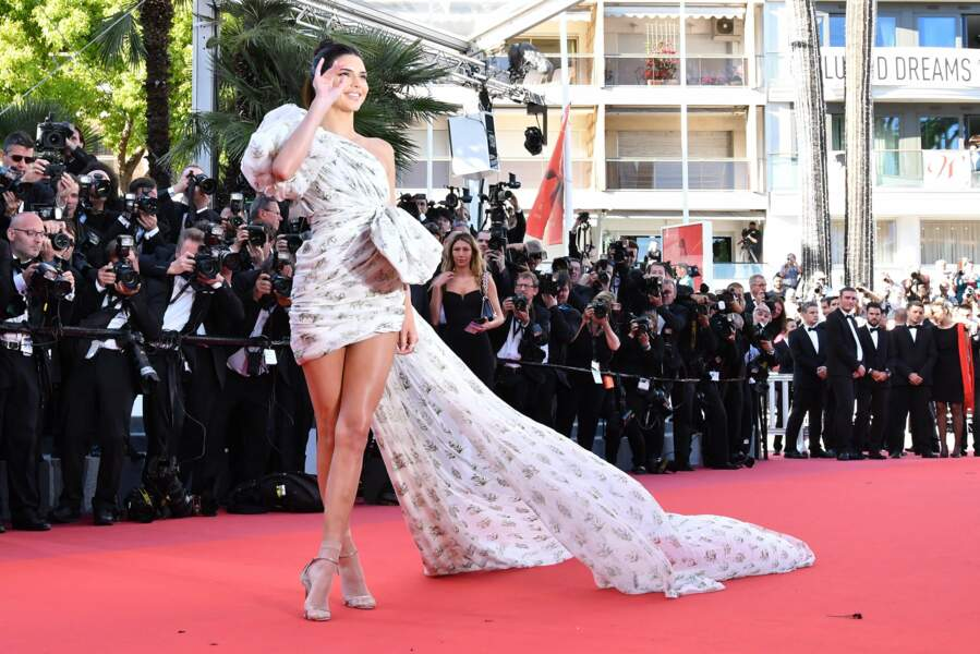 Kendall Jenner et ses jambes interminables...