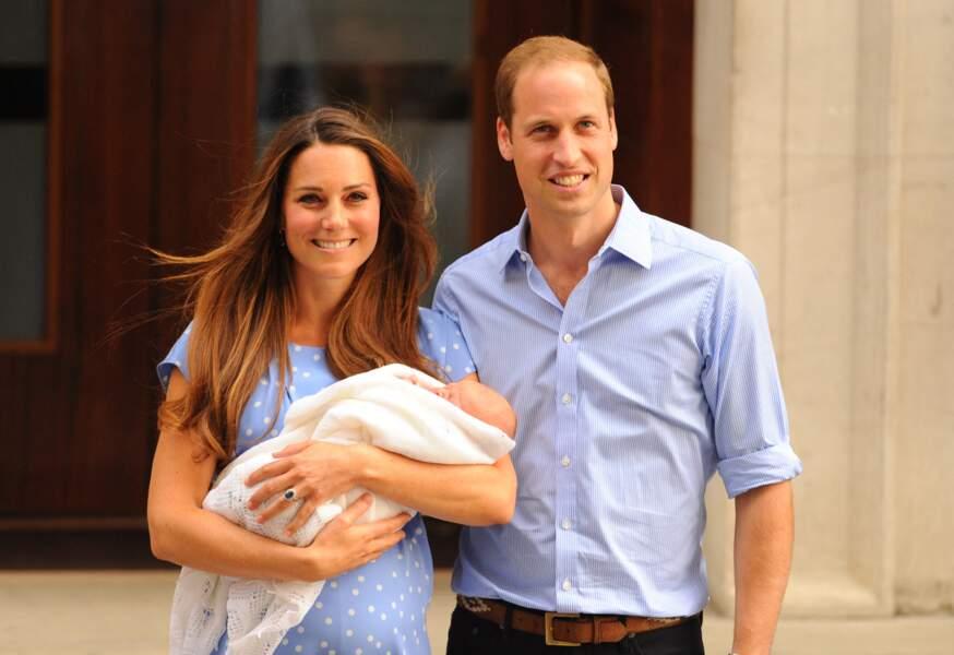 Kate et William avaient présenté George sur le parvis de la maternité après sa naissance.