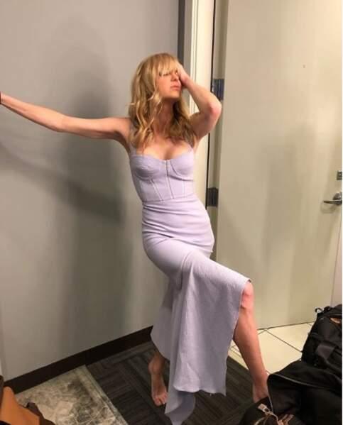 Anna Faris était sublime dans sa robe de soirée lilas.